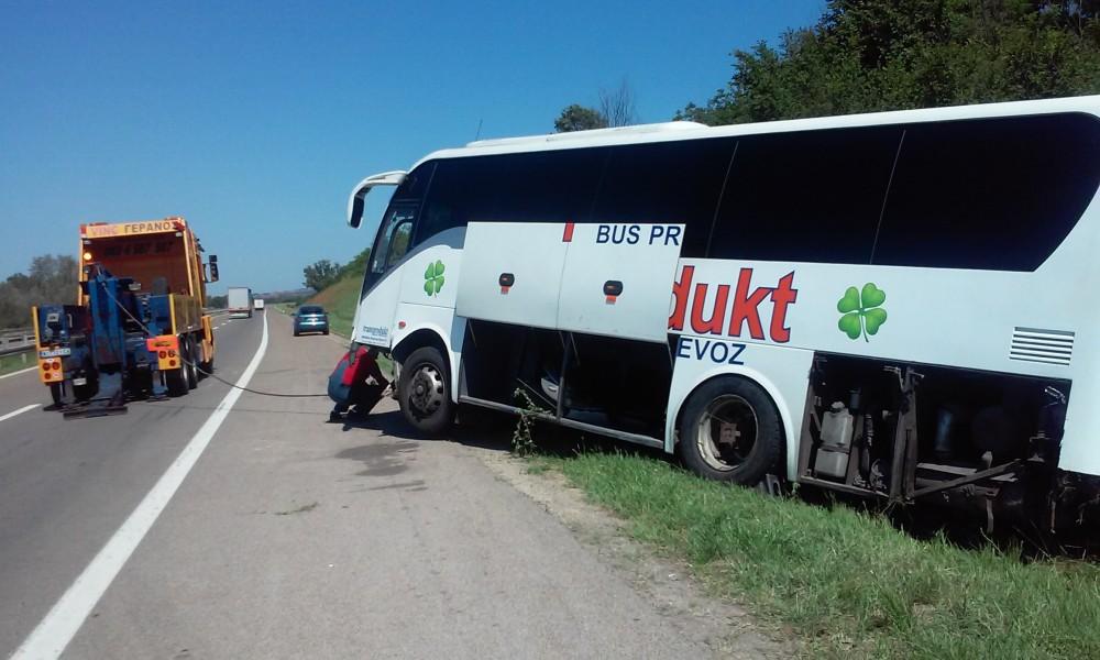 autobus saobracajka autoput