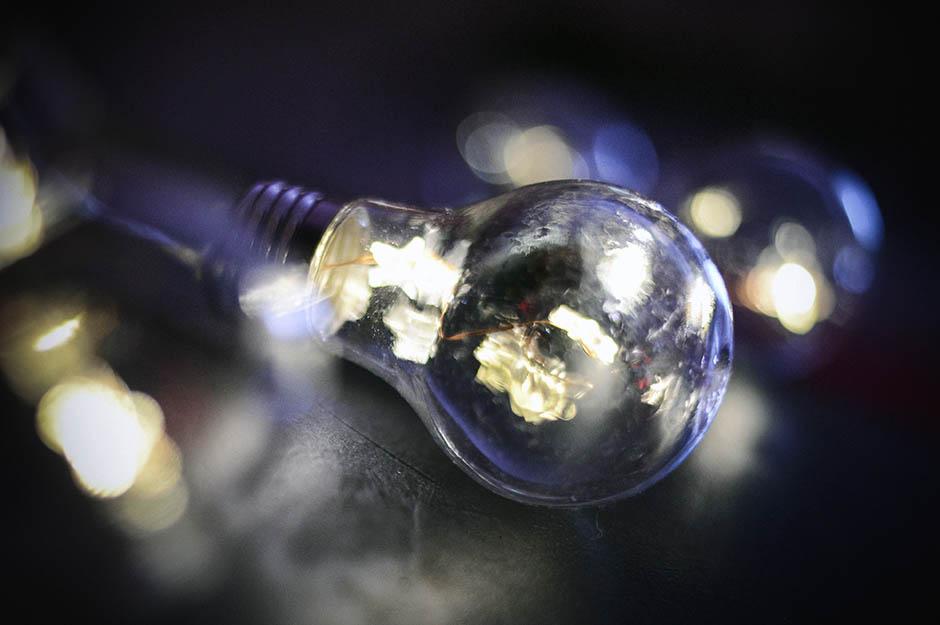 sijalica, struja, eps, električna energija, sijalice, restrikcija,